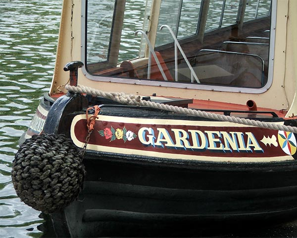 A Regent's Canal narrowboat.