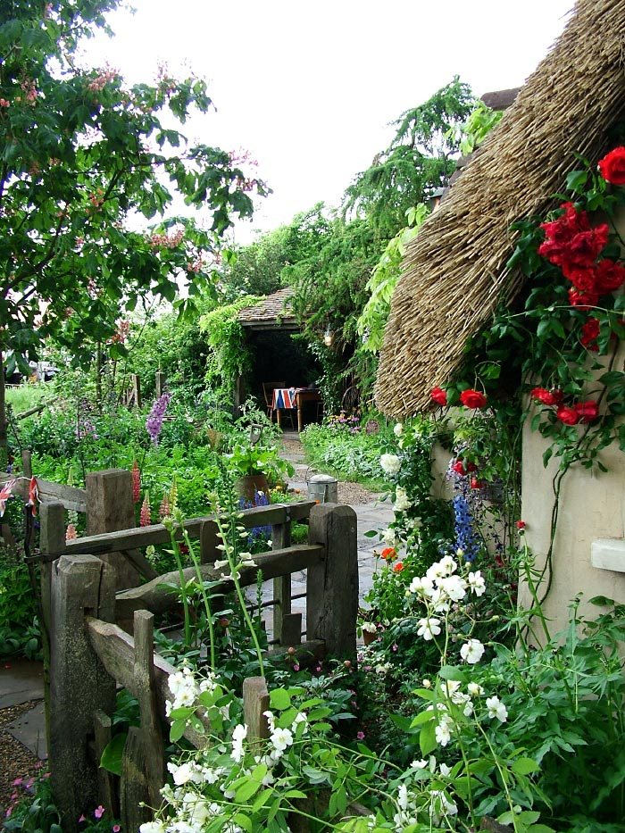 Gallery For English Cottage Gardens