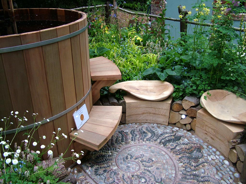 Wooden hot tub water outlet wooden hottub outlet Garden tube