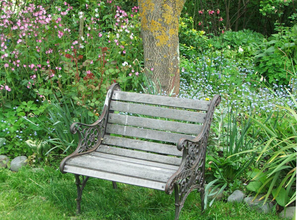 Supersized Garden Seats