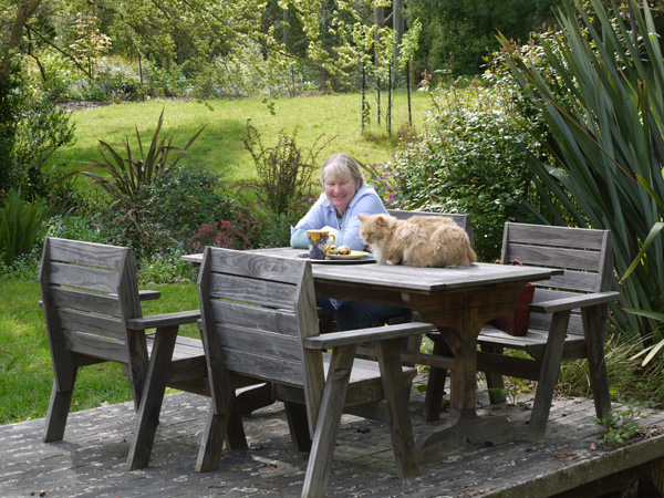 The Head Gardener and Fluff-Fluff the cat.