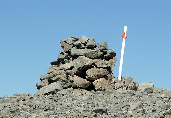 And snow pole, marked with bright orange.