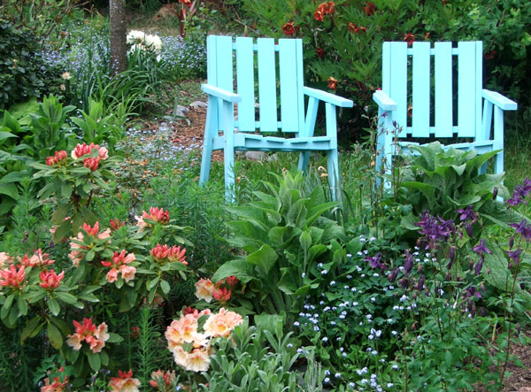 Comfortable seats for the older-lady gardener...
